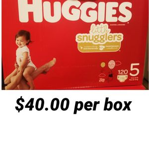 Huggies Little Snugglers Size 5 for Sale in Los Angeles, CA