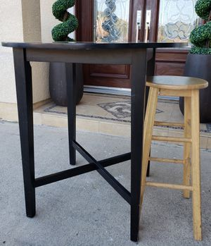 Beautiful Ikea Pub Bar Counter Height TALL Round Dining Work Study Multi All-purpose Table (NO CHAIRS) for Sale in Monterey Park, CA