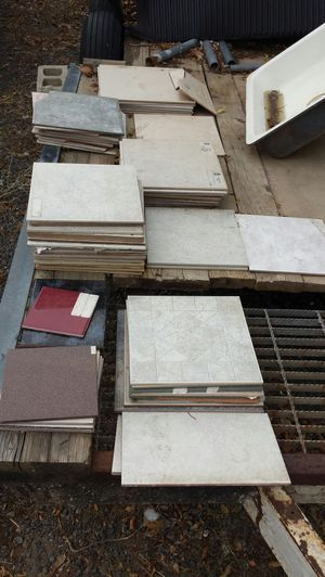 Various ceramic tiles, and sizes for Sale in OR, US
