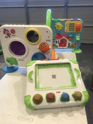 Fisher-Price Laugh & Learn Creation Center Case for iPads and Crawl-Around Learning Center for Sale in Lynwood, CA