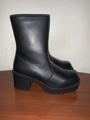 Women's boots for Sale in Chino, CA