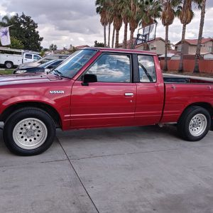 Really Amazing Nissan 1985 Pick Up $ 5,500.00 for Sale in Perris, CA