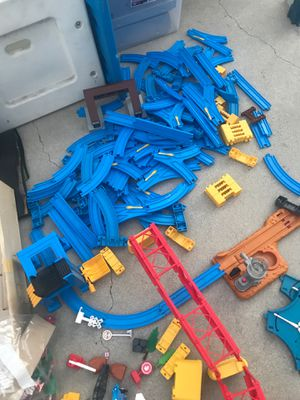 Thomas the tank adventure Set by Tomy for Sale in Los Angeles, CA