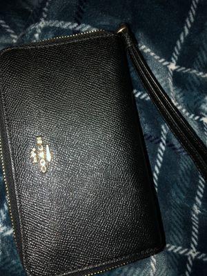 Small Wristlet Coach Wallet for Sale in Pomona, CA