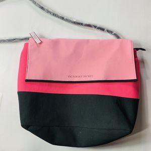 Victoria's Secret cooler tote bag NWT for Sale in Mechanicsburg, PA