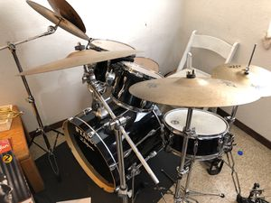Tama complete drum set up with double bass pedal for Sale in San Diego, CA