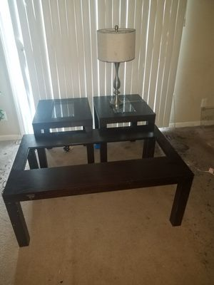 center and side table with lamp for Sale in Chelmsford, MA