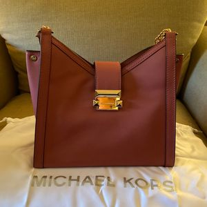 Micheal Kors Purse for Sale in North Smithfield, RI