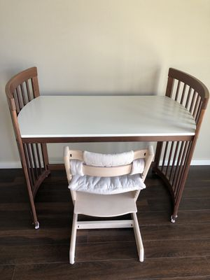 Stokke changing table / desk bundle (Tripp Trapp chair not included) for Sale in Auburn, WA