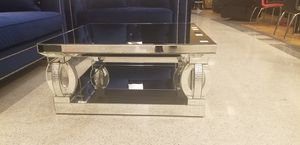 Elegant mirrored coffee table sits 40 x 40 for Sale in Las Vegas, NV