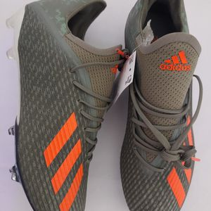 Adidas Soccer Cleats Size 8 for Sale in Miami, FL