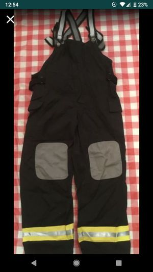 HALLOWEEN 🎃 costume FIREMAN PANT AGES7/8 for Sale in Schaumburg, IL