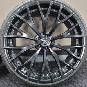 """Set Of Rules 24"""" Versante Rims 5 Lug 5x114.3 Or 5x1 1/2 for Sale in Chicago, IL"""