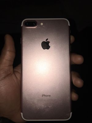 iPhone 7 Plus for Sale in Forest Heights, MD