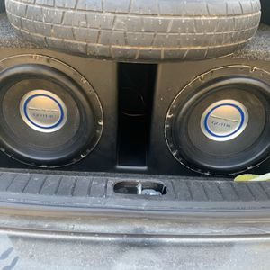 Subwoofer Box For 2 12s for Sale in Grand Prairie, TX