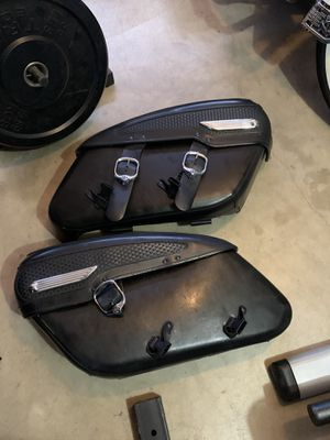 Harley saddlebags off a 04 road king classic for Sale in Santa Maria, CA