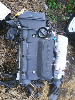 Engine Hyundai elantra parts for Sale in Oakland, CA