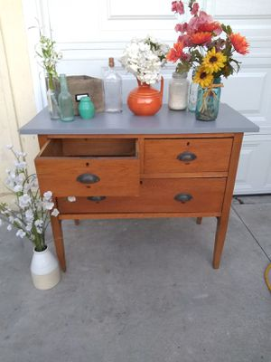 Dresser Solid Wood Enrtry Table with Four Drawers for Sale in Whittier, CA