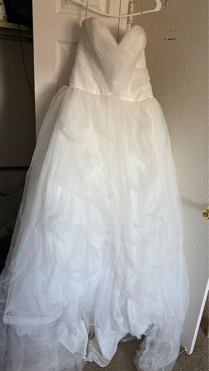 Wedding Day! This dress is beautiful for Sale in Strongsville, OH