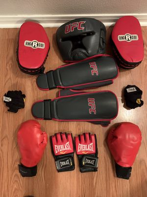 Everlast and UFC MMA training gear for Sale in Converse, TX