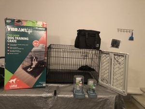large dog training crate, doggy door, gravity water & feeder, & metal chain collar/leash for Sale in Gallatin, TN