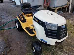 Cub cadet Ltx 1040 automatic for Sale in Gambrills, MD