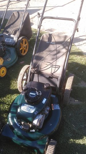 Craftsman 5.5 Push lawn mower works good for Sale in Perris, CA
