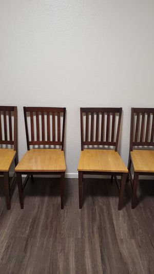 Set of 4 dining room chairs for Sale in Phoenix, AZ
