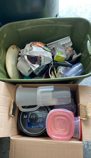 TWO boxes of kitchen goodies!! for Sale in Gallatin, TN