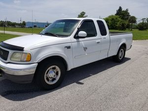2003 ford f150 clín titele in hand for Sale in West Palm Beach, FL