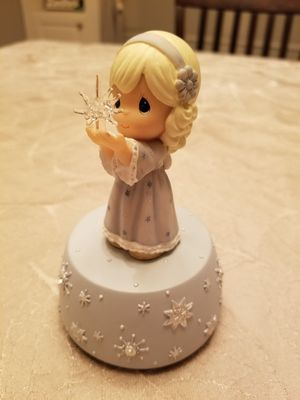 Precious Moments Christmas music box for Sale in Alhambra, CA