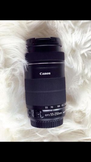 Canon EF-S 55-250mm F/4.0-5.6 lens for Sale in Nashville, TN