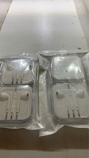 2 pack of earbuds not wireless. 2 pairs for $10 for Sale in Riverside, CA