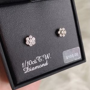 1/10 Ct. Tw Diamond Earring for Sale in Huntington Beach, CA
