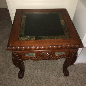 Wooden End Table for Sale in Bakersfield, CA