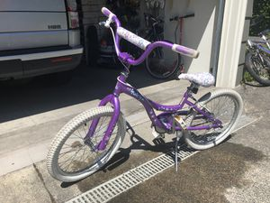 Raleigh brand Girls bike. for Sale in Seattle, WA