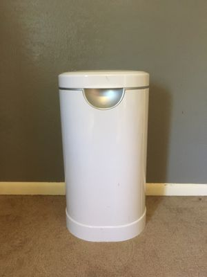 Munchkin Diaper Pail for Sale in Tacoma, WA