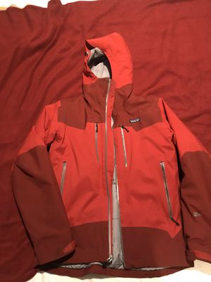 Patagonia Untracked waterproof ski/snowboard jacket for Sale in Edmonds, WA