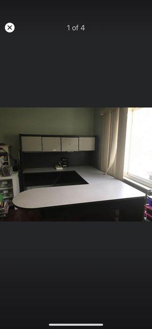 U shaped desk for Sale in Chula Vista, CA