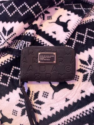 Marc jacobs wallet for Sale in Imperial Beach, CA