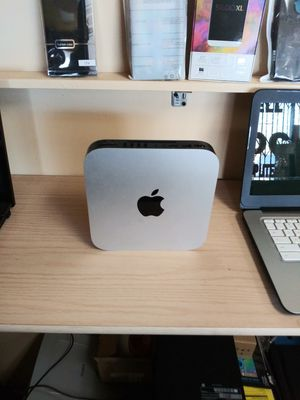 Apple computer like new 2015 for Sale in Fontana, CA