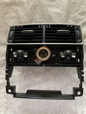 Audi A8 Parts Rear ac vent for Sale in Queens, NY