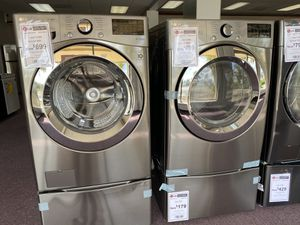 Like new LG washer and dryer $699/each for Sale in Dania Beach, FL