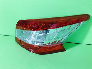 2013 2014 2015 Nissan Sentra right passenger taillight tail light oem for parts or repair for Sale in San Marcos, CA