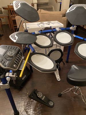 Simmons SD2000 Drum Set +extras for Sale in Cypress, TX