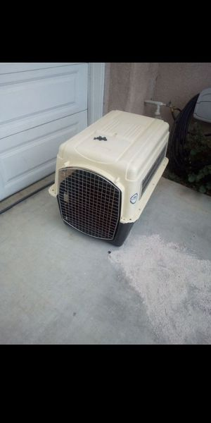 Dog kennel large size for Sale in Moreno Valley, CA