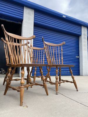Dining table chairs for Sale in Hemet, CA