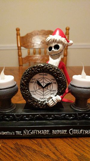 RARE NIGHTMARE BEFORE CHRISTMAS LIT STATUE for Sale in Allentown, PA