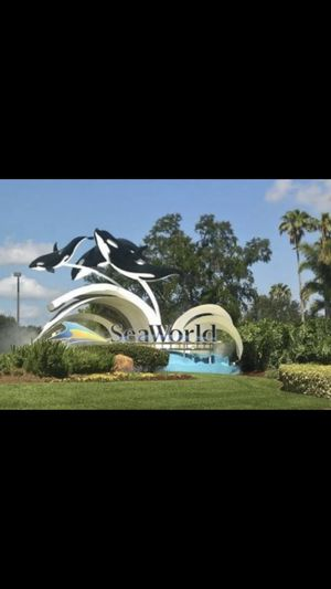 Tikets seaworld or bush gardens for Sale in Winter Haven, FL
