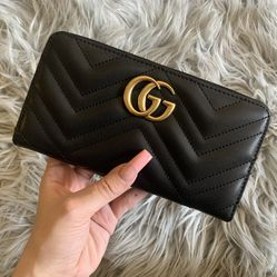 Gucci Marmont Wallet Black for Sale in Seattle,  WA
